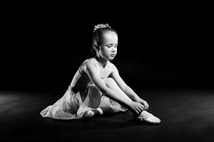Ballerina Girl Portrait Awards – Book Now